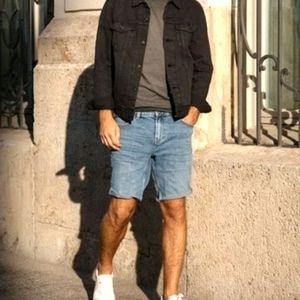 Levis 550 Jean Shorts Medium Wash 33W